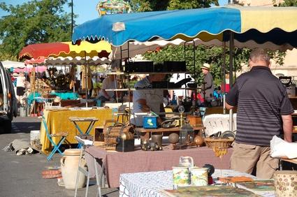 Trödelmarkt ein Erlebnis für Jung und Alt